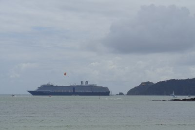 A cruse ship out in the middle of the Bay of Islands.