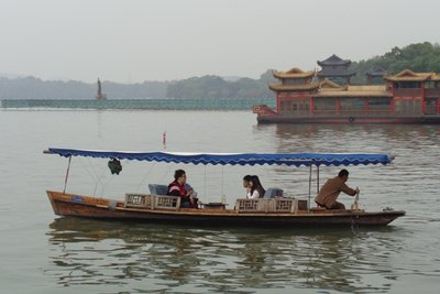 Tourists heading out on the West Lake.