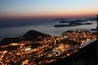 Lapad at night, along with more Croatian islands
