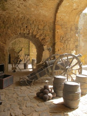 The old city was built on a hill to have a vantage point in war situations.  The old Canons still remain.