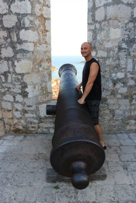 Andrew and the canon in Hvar