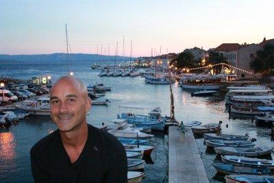 Andrew in Bol's harbour