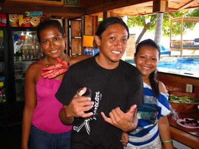 Our local friends, Evelyn, Gato and Christina (after making lunch)