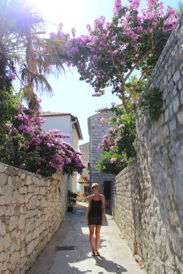 The cobbled streets in Rab