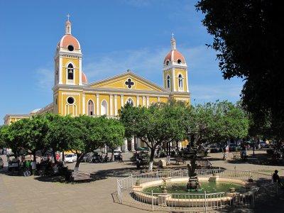 Granada's central plaza