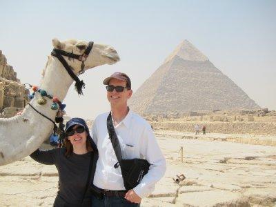 2Pyramids2.jpg