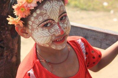 Burma Girl Yellow Past