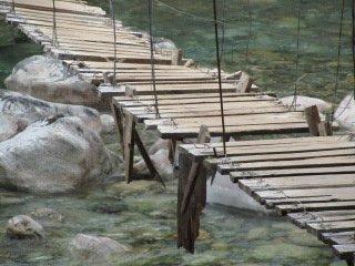 dilapidated bridge on Hielo Azul circuit