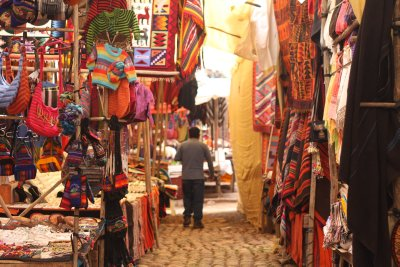 Pisac market...lots of colours to entice the tourists!