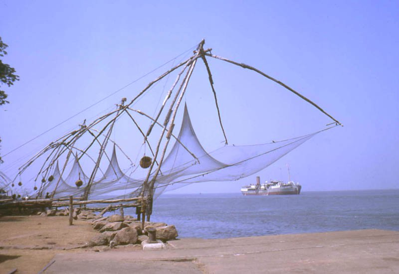 large_Chinese_fishing_nets.jpg