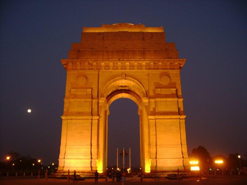 large_India-Gate-New-Delhi.jpg