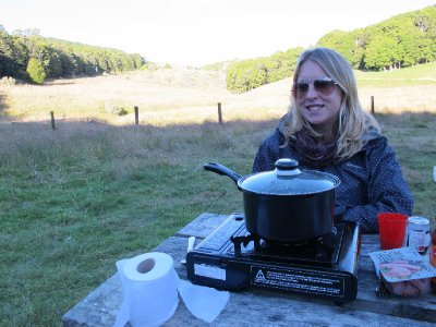 Cooking up a feast at the Abel Tasman DOC sight