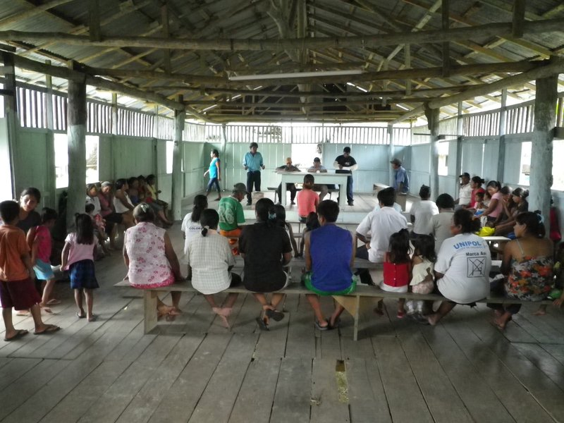 Libertad Village meeting with government officals.