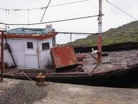 Boat on Mumbai Harbor