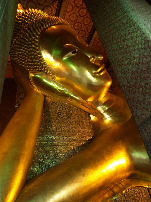 Reclining Buddha
