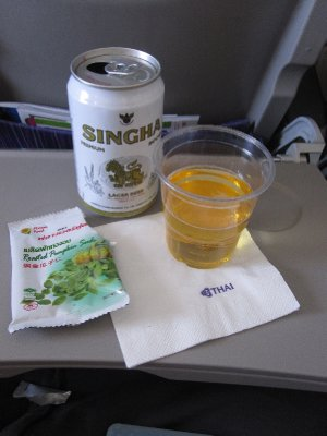 Snacks and Drinks on Thai Airways