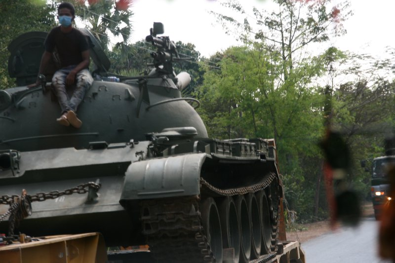 Tanks Heading to the Thai/Cambodia Border