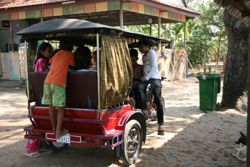 Other Visitors Who Didn't Even Need to Leave their Tuk Tuk to PRovide Amusement!