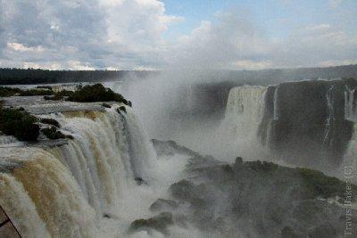 Cataratas do Iguacu (Brazil)-139