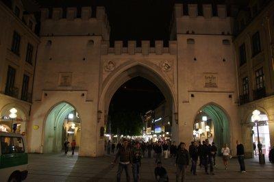 Gate at Karlsplatz