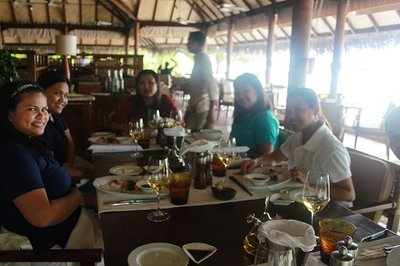 AP Team with Simmi-Sales Manager waiting for lunch at 24 Degrees 3