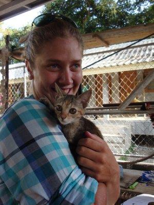 Karolina has a new friend - Animal welfare Koh lanta