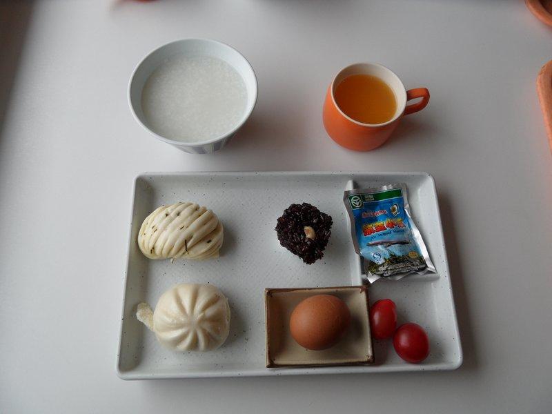 Breakfast on Board the Xin Jian Zhen