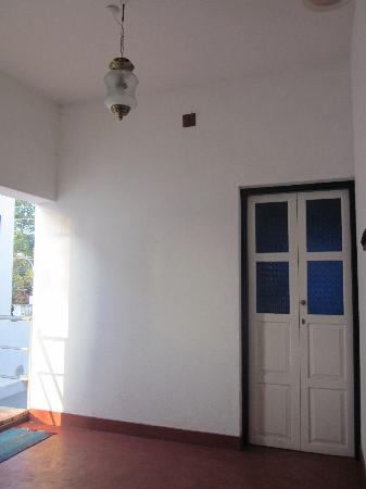 adams guesthouse kochi