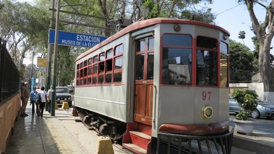 12 - Old Electric Streetcar in Miraflores District (800x450)