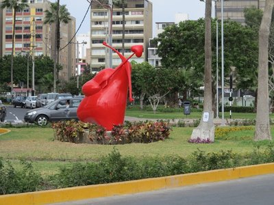 15- Love park in Miraflores Distract (800x600)