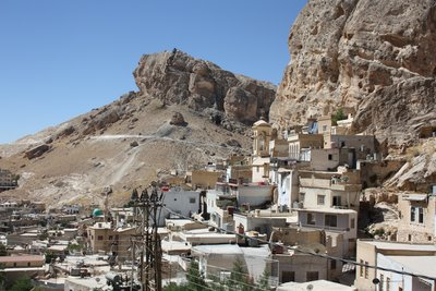 Ma'aloula - Town and Mountain