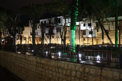 Bab Touma Park and Barada River