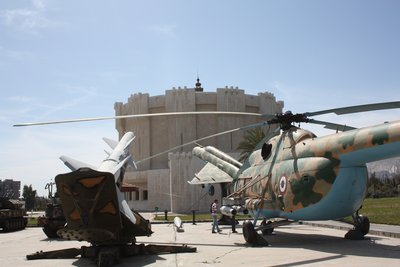 Damascus - Tishreen War Memorial - Syrian vehicles and museum building