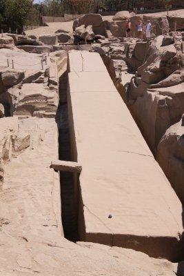 110406_Unf..Obelisk.jpg