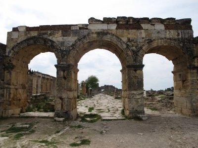 110510_Hieropolis.jpg