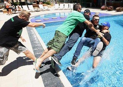 green-pool-420x0.jpg
