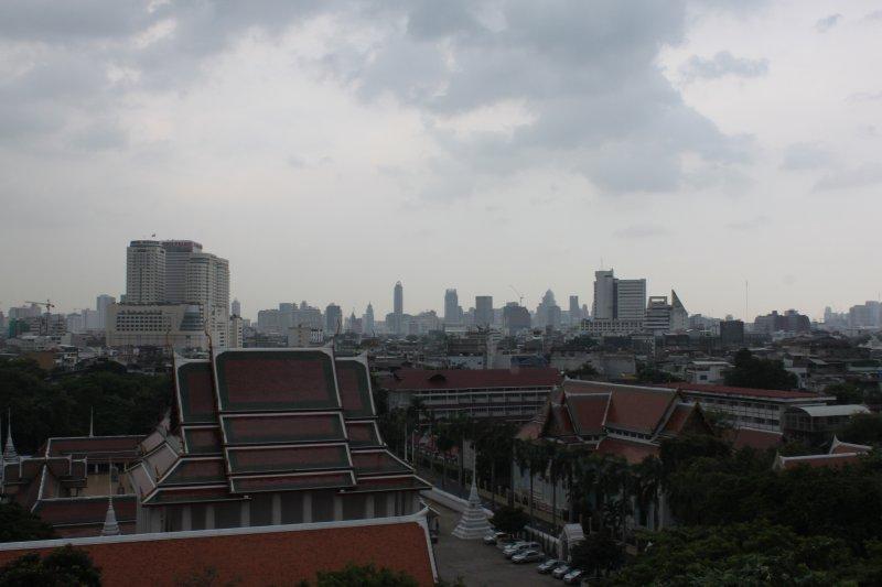 large_bangkok_skyline.jpg