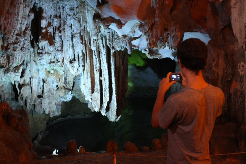 large_me_cave.jpg