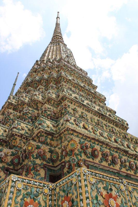 large_mosaic_stupa.jpg