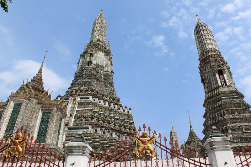 large_temple_stupas.jpg