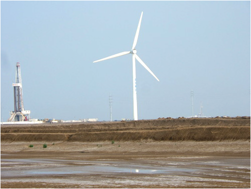 large_wind_turbine.png