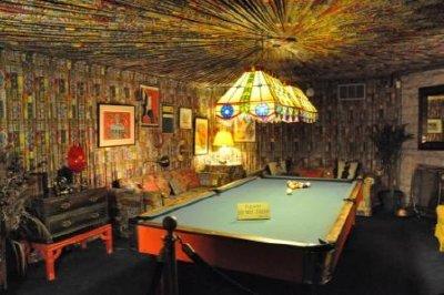 18 - Pool Room