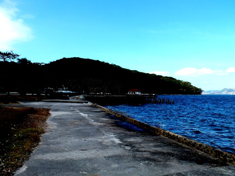 large_island_view.jpg