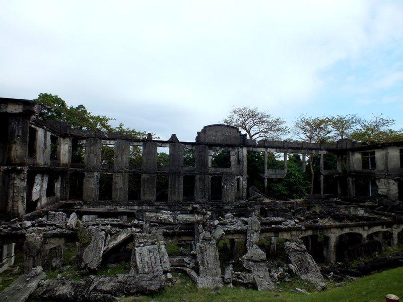 large_ruins_1.jpg