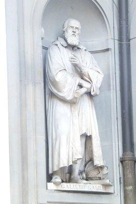 Galileo_Statue.jpg