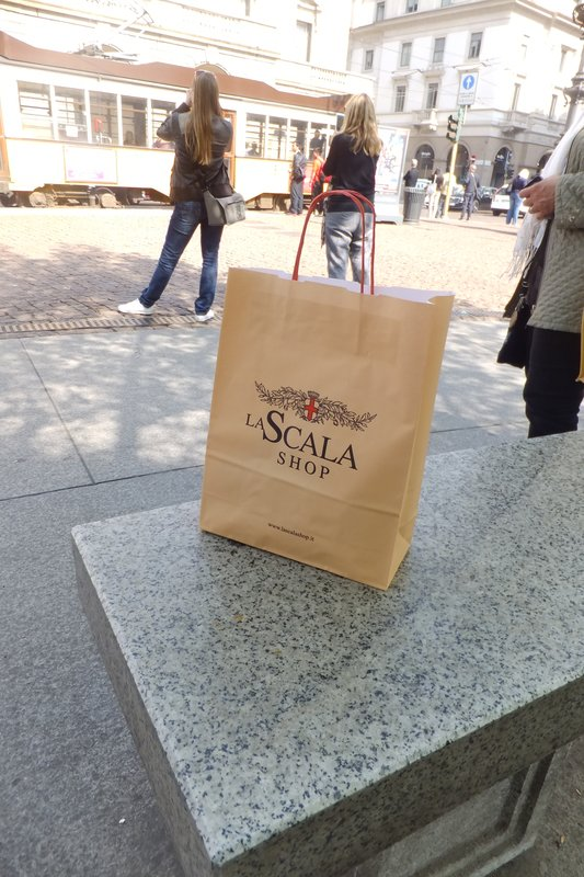 large_La_Scala_Shop.jpg