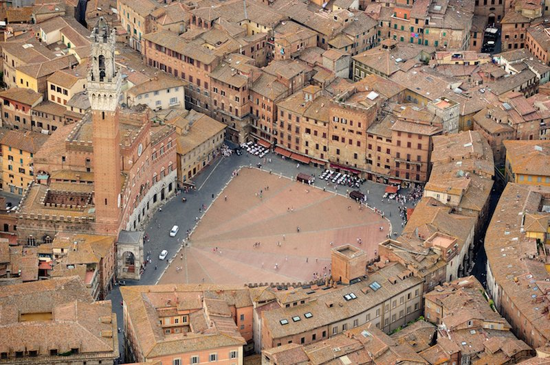 large_piazza_del_campo.jpg
