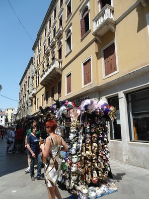 09055_Street_vendor.jpg