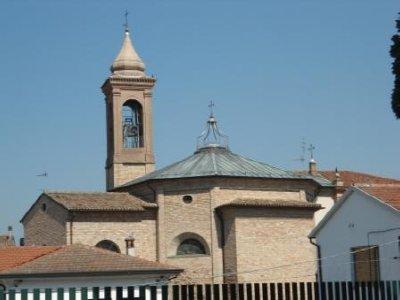 Cotignola_church.jpg