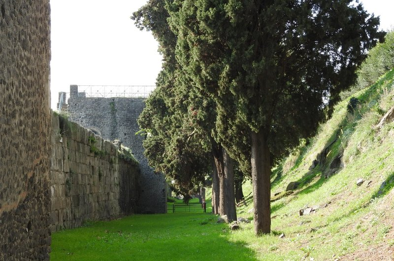 Passegiata fuori le mura, Pompeii